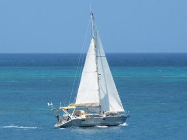 OVNI 36 - Under sails
