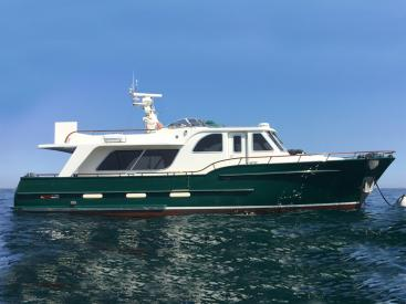 Searocco 1500 Trawler - At sea