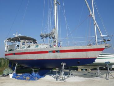 Carambola 38 - On dry dock