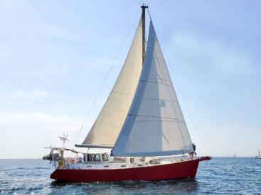 Meta JPB 47 - Under sails