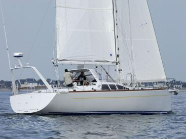 Alliage 48 CC - Under sails