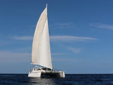 Catana 42 - Under sails