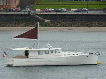 MY16 Trawler - Anchored