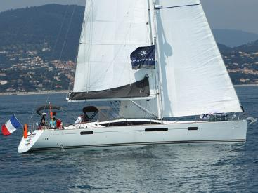 AYC - Jeanneau 57 - Under sails