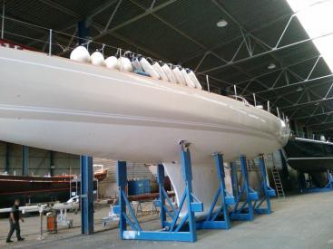 SLOOP VATON 78' - 2017 new hull paint