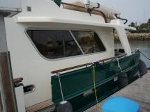 Searocco 1500 Trawler - Walkway and gangway door
