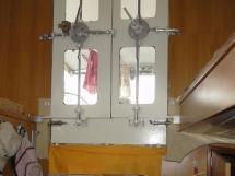 ALUMINIUM CUTTER 53' - Watertight wheelhouse doors