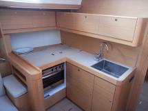 AYC International YachtBroker - DUFOUR 460 -