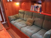 Saloon bench seat