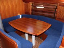 Saloon table & benchseats