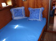Forward cabin double bed