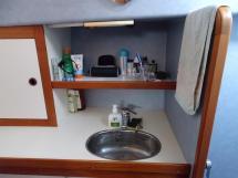 AYC Yachtbrokers - Trawler Meta King Atlantique - Bathroom