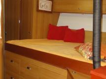 ALUMINIUM CUTTER 53' - Forward double bed cabin