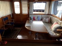 Grand Banks 46 Alaskan - Saloon