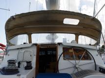 AYC Yachtbroker - JFA 45 Deck Saloon - Steering station