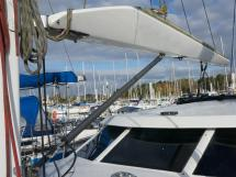 AYC Yachtbroker - JFA 45 Deck Saloon - Park avenue boom and boomstrut