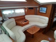 Sun Odyssey 54 DS - Port Saloon