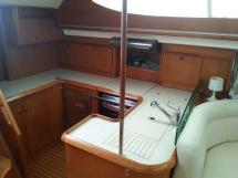 Sun Odyssey 54 DS - kitchen