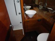 AYC International Yachtbroker - Pilot Saloon 55 -