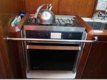 AYC Yachtbroker - JFA 45 Deck Saloon - Gimbaled cooker