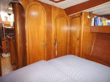 Owner's front cabin