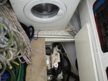 Washing machine and generator