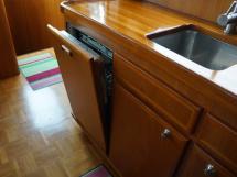 Searocco 1500 Trawler - Dishwasher
