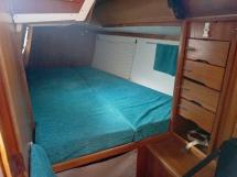 Carambola 38 - Aft port cabin