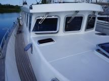 AYC - Trawler fifty 38 / Interior wheelhouse