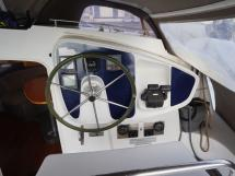 AYC - Lavezzi 40 / Cockpit helm station