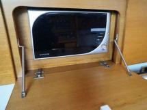 AYC Yachtbroker - GRAND SOLEIL 54 - kitchen