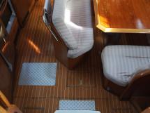 AYC Yachtbroker - descente et carré