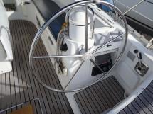 AYC Yachtbroker - Poste de barre tribord