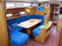 AYC Yachtbroker - Saloon