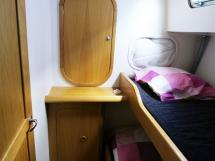 AYC Yachtbroker - Trawler Meta King Atlantique - Side cabin with bunk beds