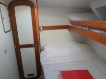 OVNI 56 - Forward port cabin