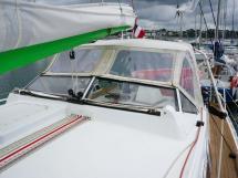 ELLYA 43 - Companionway sprayhood with glass half-windscreen