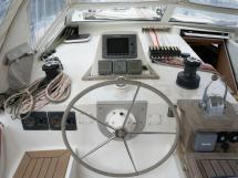 ELLYA 43 - Steering position