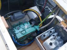 Meta Trawler 33 - Engine locker