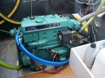 Meta Trawler 33 - Port side engine