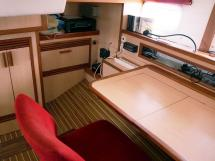 ELLYA 43 - Desk in the aft cabin