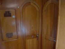 OVNI 455 - Woodworks details