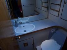 SLOOP VATON 78' - Starboard bathroom