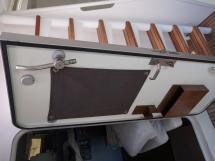 AYC - META TRAWLER 17 JN56 watertight door