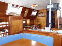 Universal Yachting 49.9 - Galley