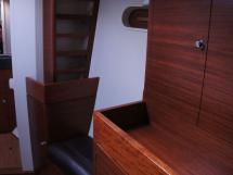 Alliage 45 - Forward cabin seats