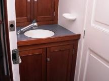 AYC Yachtbrokers - Tocade 50 - Forward cabin's bathroom