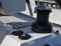 Dufour 485 Grand Large Custom - Electric winch