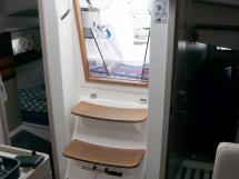 RM 1070 - Companionway