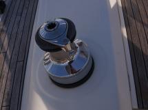 Bavaria 45 Cruiser - Port electric winch